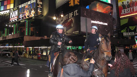 more-police-on-horse-2011