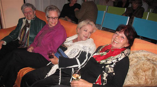 jane-linda-anna-and-ria-cozy-2011