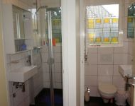 SHOWER AND TOILET DAVID AND GOLIATH 2-w800-h600